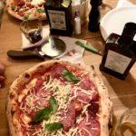 Äkta Napolitansk pizza hittar ni på Meno Male