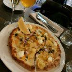 Pizza och champagne